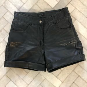 RUDSAK BLACK LEATHER HIGH WAIST SHORTS 28